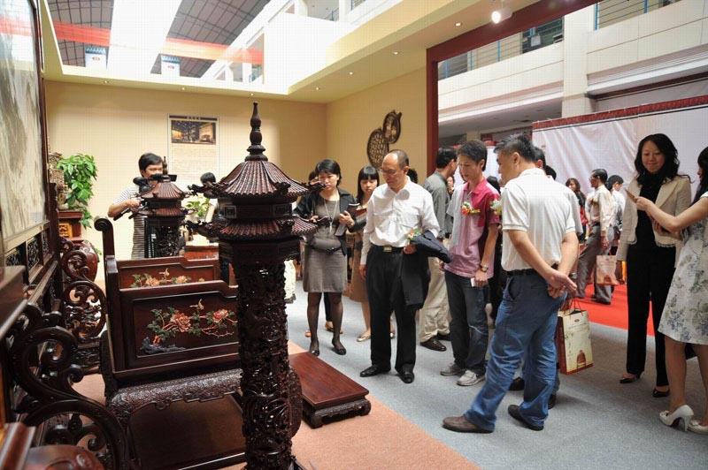 区氏臻品参加第五届中国(乐从)红木家具艺术博览会