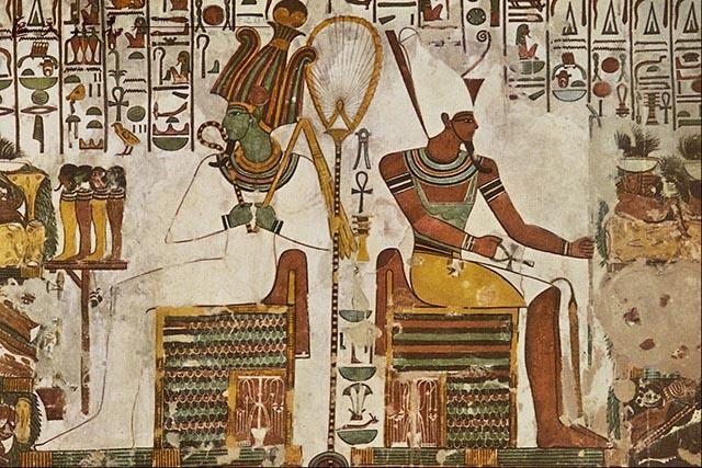 古埃及人都在努力追求每一件家具的舒适性